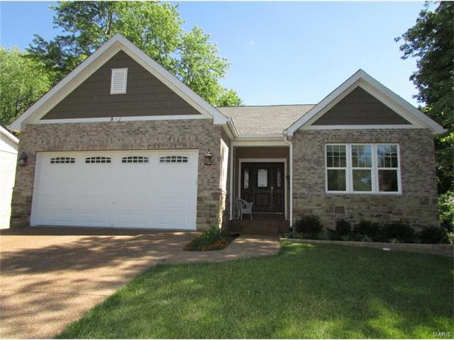 952 Barbara Ann Lane, Ellisville, MO 63021