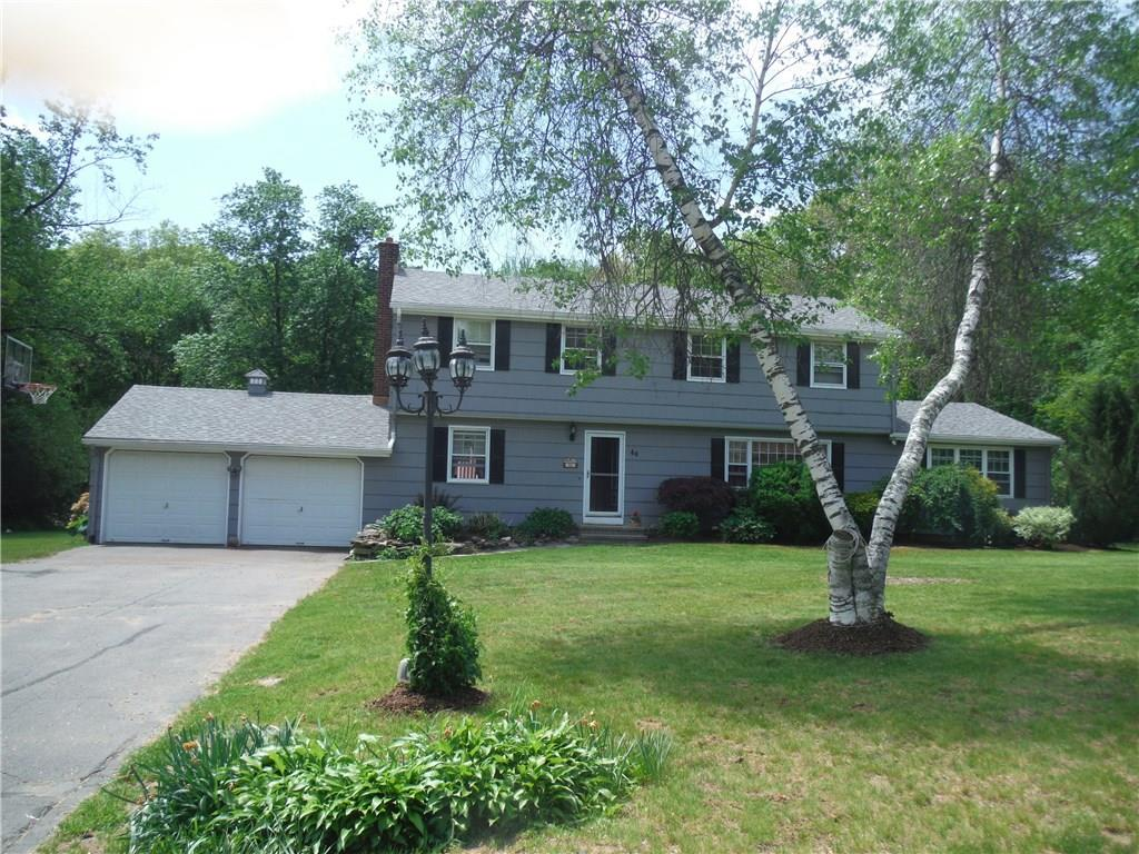 46 Rolling Green Road, Bethany, CT 06524