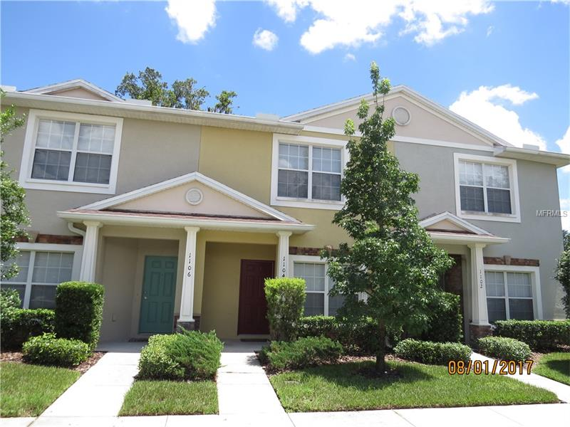 1104 SLEEPY OAK DRIVE, WESLEY CHAPEL, FL 33543