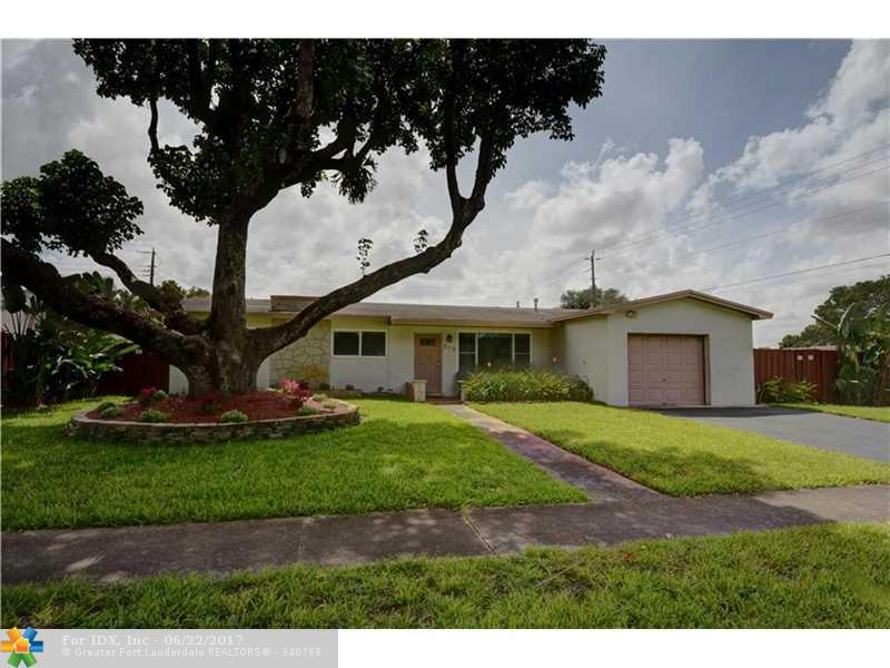 820 NW 76th Ave, Pembroke Pines, FL 33024