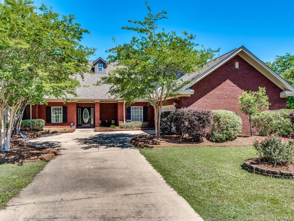191 Mountain Laurel Road, Wetumpka, AL 36093