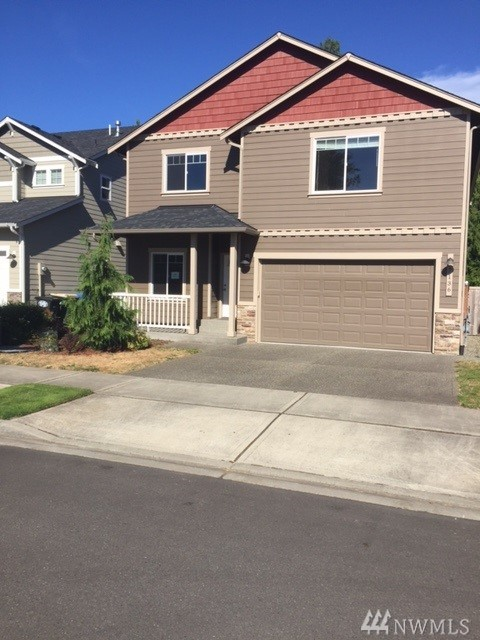 7136 Country Village Dr SW, Tumwater, WA 98512