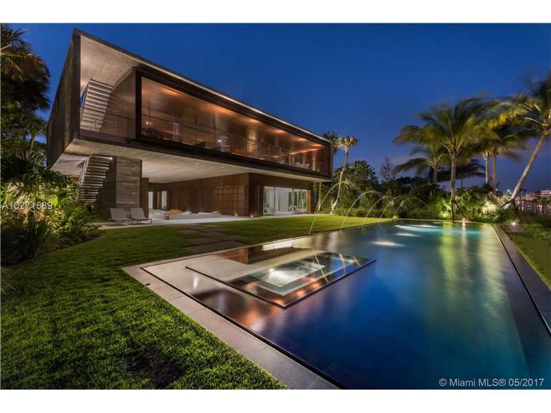4567 Pine Tree Dr, Miami Beach, FL 33140
