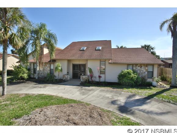 11 Richmond Dr, New Smyrna Beach, FL 32169