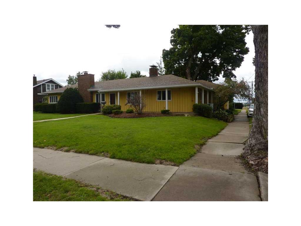 1814 8TH Avenue, Belle Plaine, IA 52208