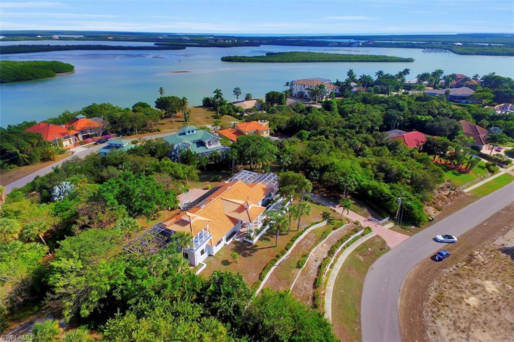 1120 Caxambas DR, MARCO ISLAND, FL 34145