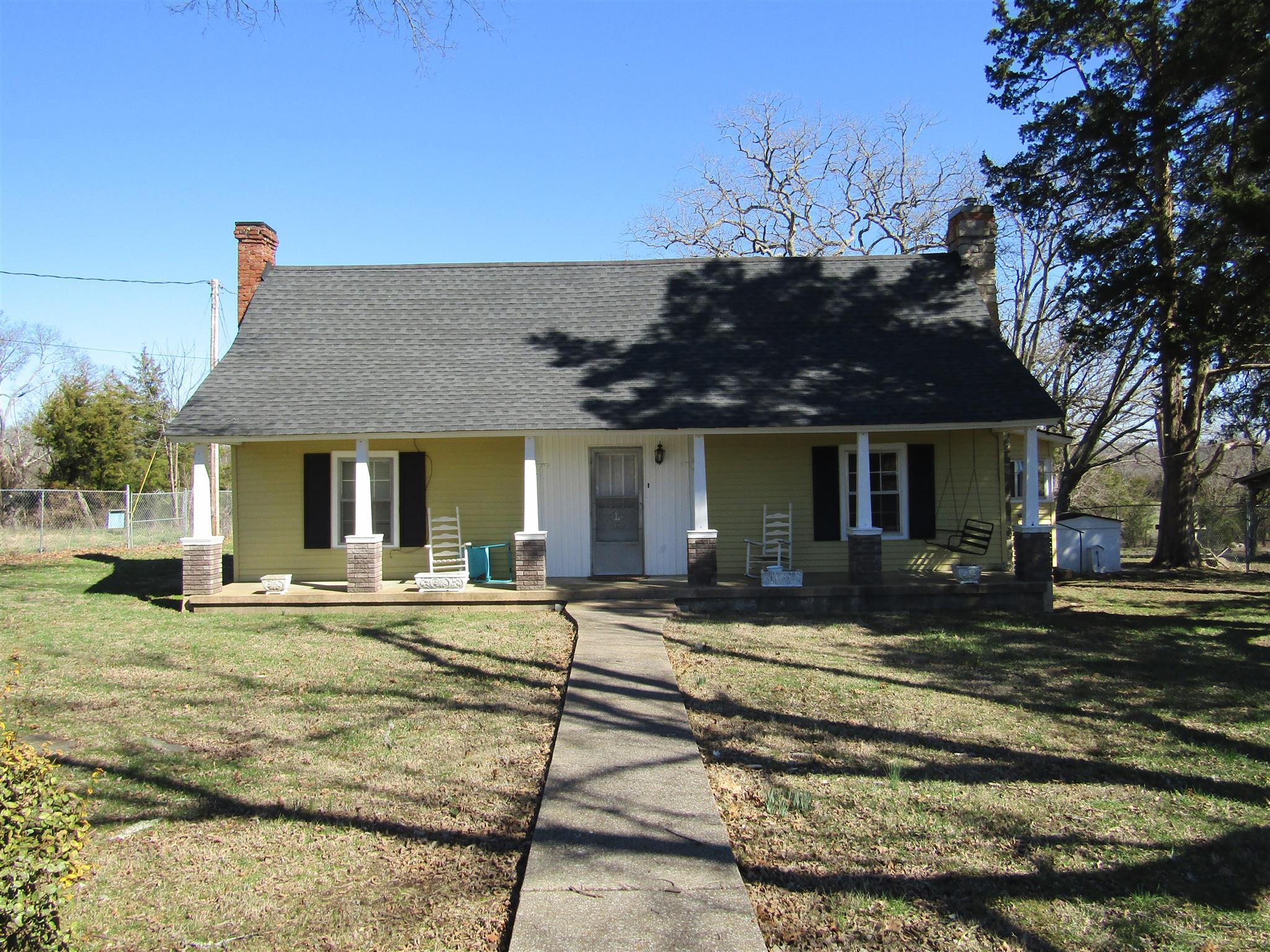 11131 Bradyville Pike, Readyville, TN 37149