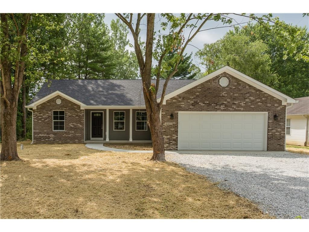 653 Mill Springs Drive, Coatesville, IN 46121