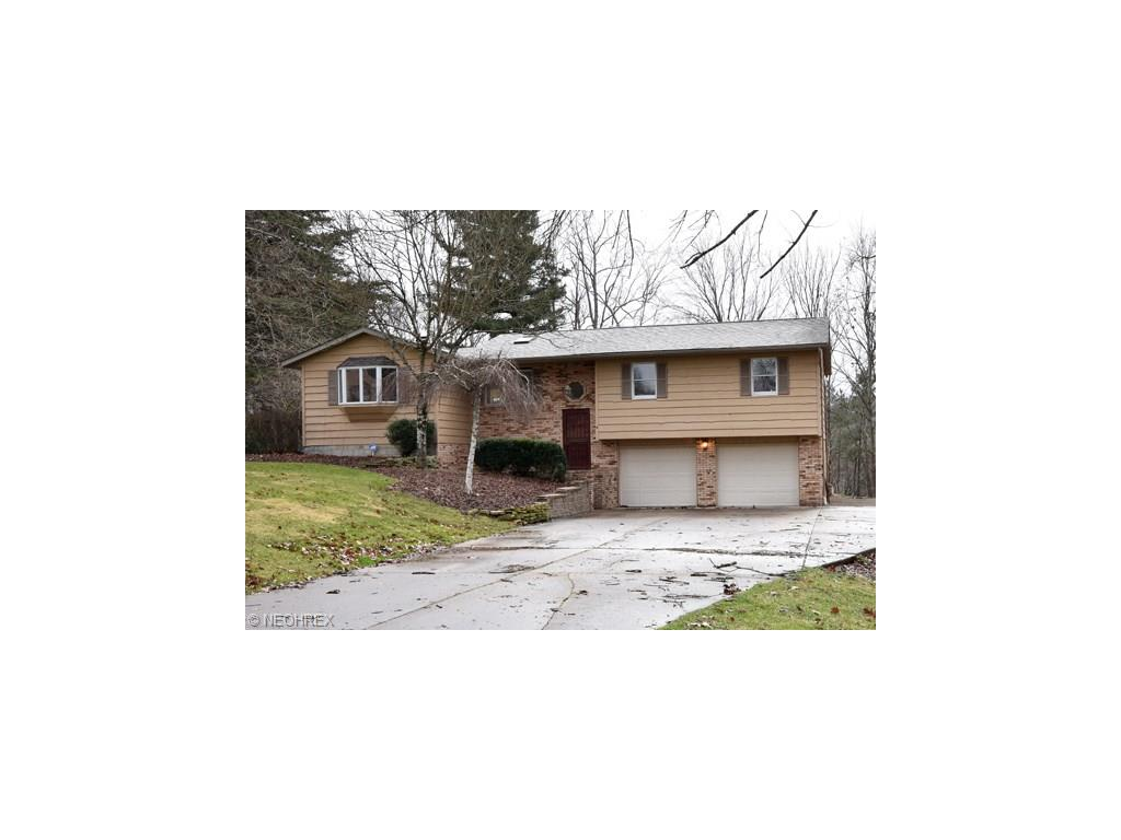 5215 Milford Dr, Zanesville, OH 43701