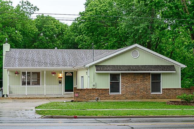 531 W Park Street, Olathe, KS 66061