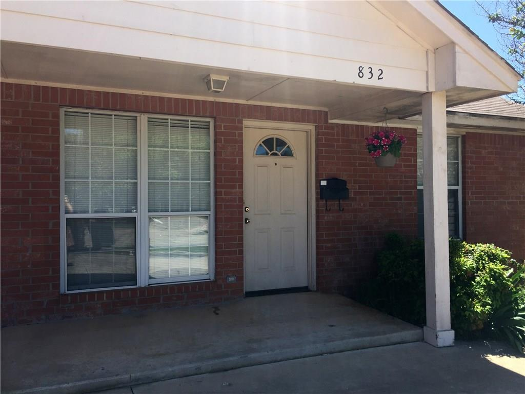 832 Russell Circle, Norman, OK 73071