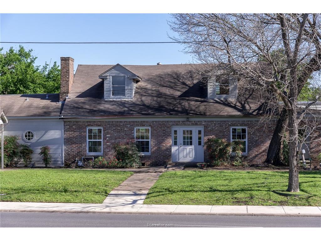403 E Villa Maria Road, Bryan, TX 77801