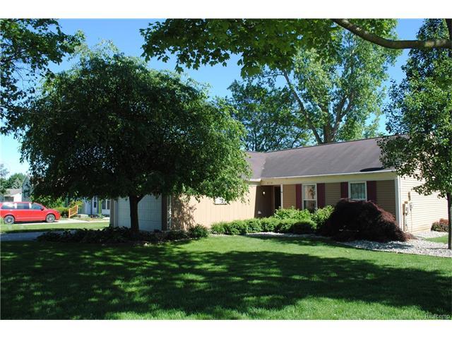 676 BOLINGER Street, Rochester Hills, MI 48307