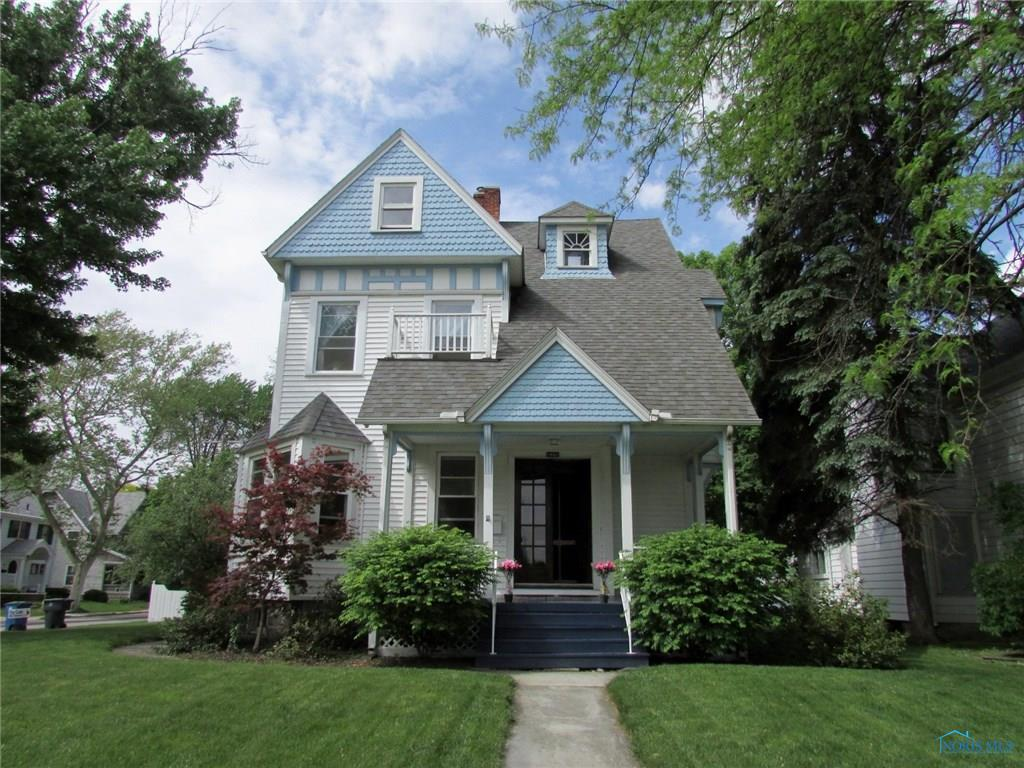 226 W Wooster Street, Bowling Green, OH 43402