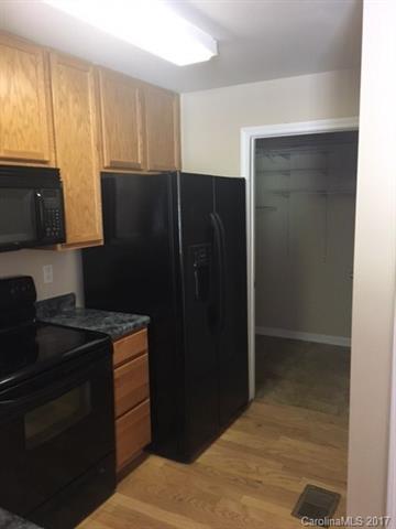 645 Raphael Place ., Charlotte, NC 28205