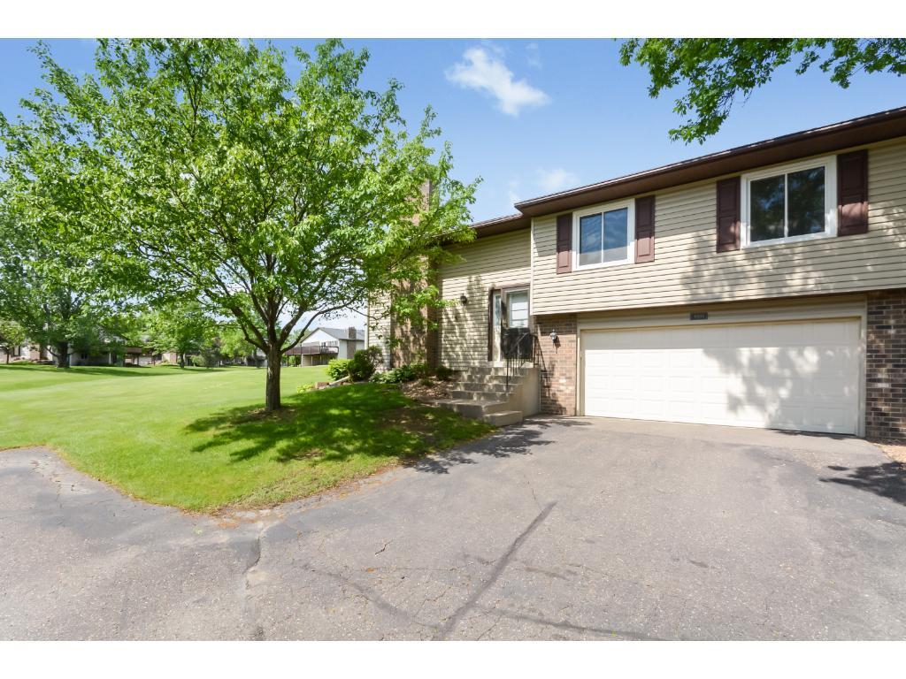 9393 Juneau Lane N, Maple Grove, MN 55369