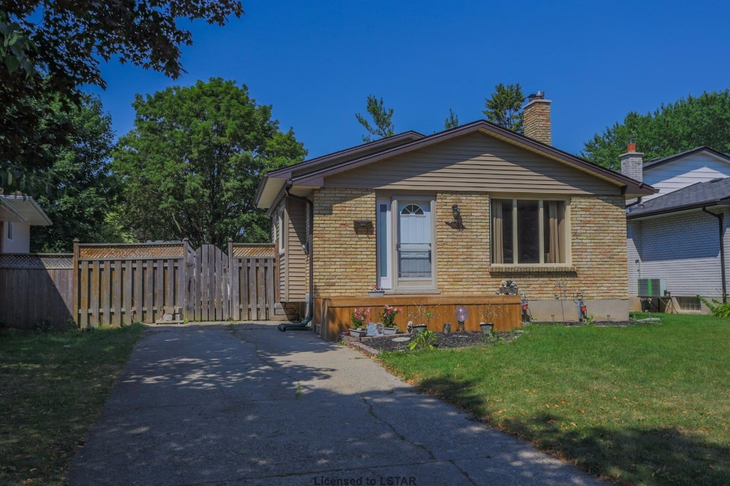 96 CANTLEY CR, LONDON, ON N6E 1G6