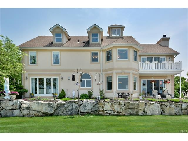 90 Angels Hill, Garrison, NY 10524