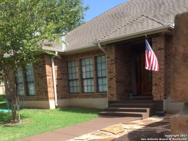 8525 RAINTREE WOODS DR, Fair Oaks Ranch, TX 78015