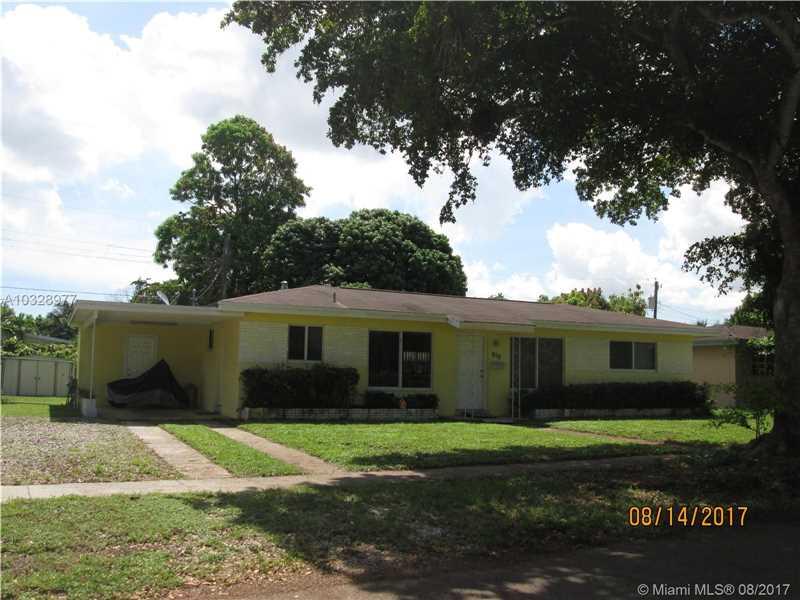 910 SW 50th Ave, Plantation, FL 33317