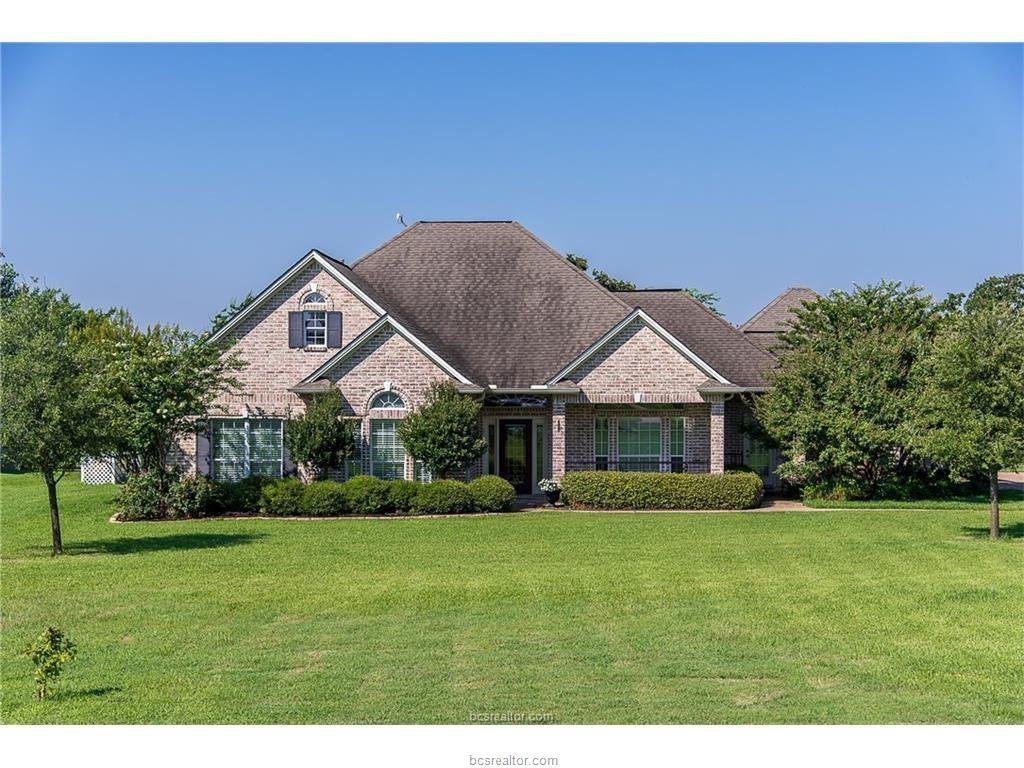 5784 Easterling Drive, Bryan, TX 77808