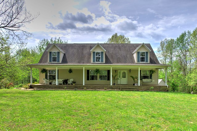 11234 Kelly Cemetery Road, Maceo, KY 42355
