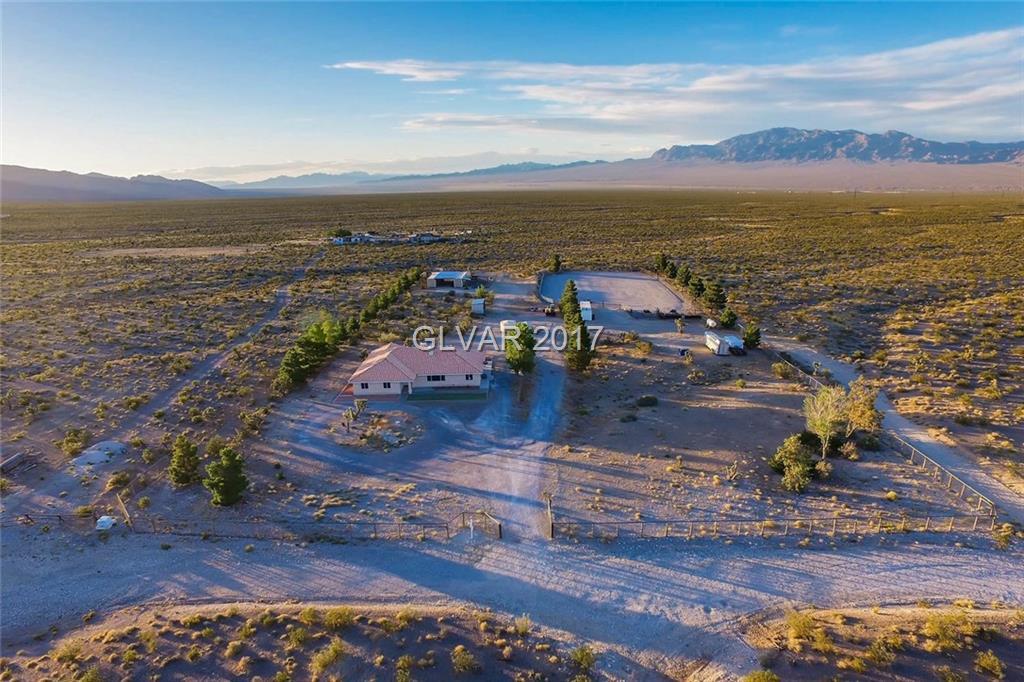 13040 HORSE Drive, Las Vegas, NV 89166