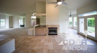 374 Oakmont Drive, Palm Desert, CA 92211