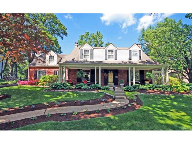 121 Webster Woods Drive, St Louis, MO 63119
