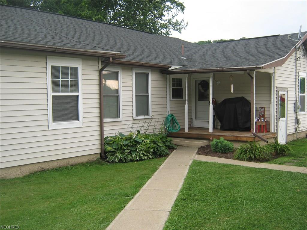 1329 Pauls Ln, Zanesville, OH 43701