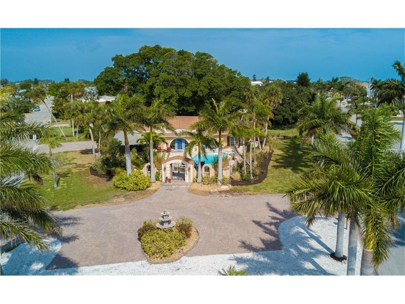 662 KEY ROYALE DRIVE, HOLMES BEACH, FL 34217