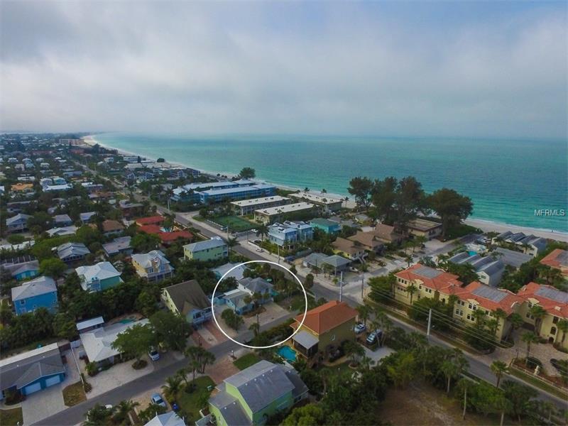 201 73RD STREET, HOLMES BEACH, FL 34217