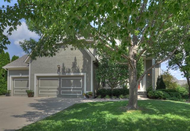 13927 Parkhill Street, Overland Park, KS 66221