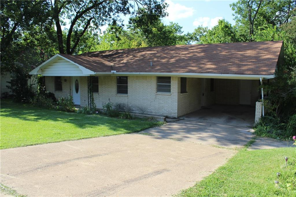 330 Prairieville Street, Canton, TX 75103