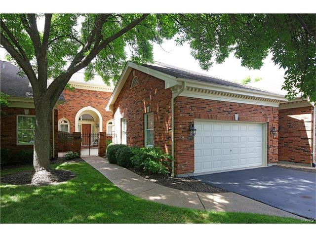 13353 Fairfield Circle Drive, Town and Country, MO 63017
