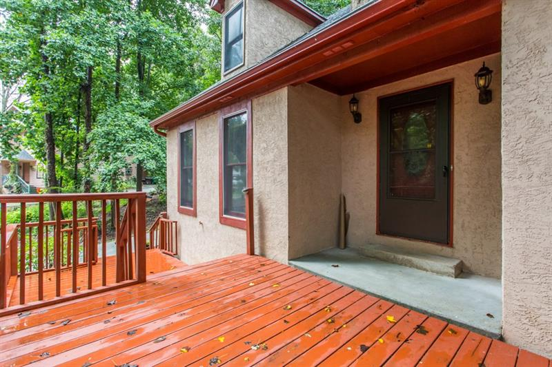1425 Oakengate Drive, Stone Mountain, GA 30083