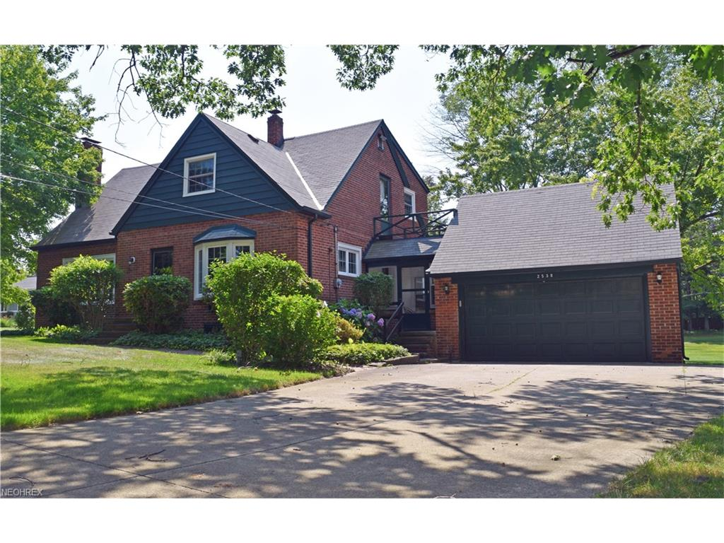 2538 River Rd, Willoughby Hills, OH 44094