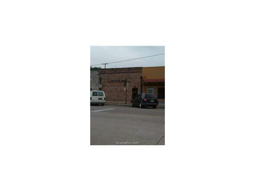 125 N MAIN, Rockdale, TX 76567