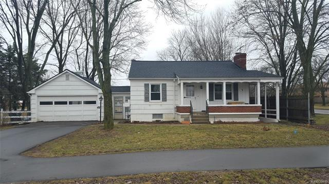 380 W TIENKEN Road, Rochester Hills, MI 48306