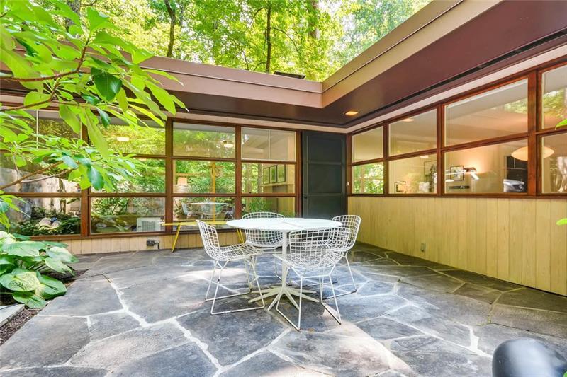 1749 NE Hummingbird Lane, Atlanta, GA 30307