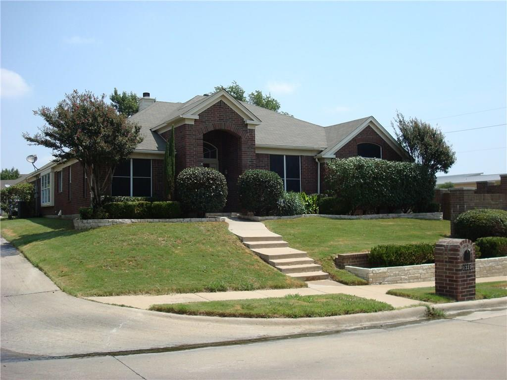 1331 Bentley Drive, Carrollton, TX 75006