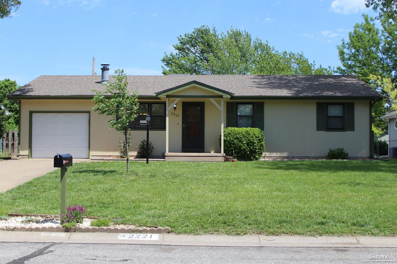 2221 Linden Drive, Salina, KS 67401