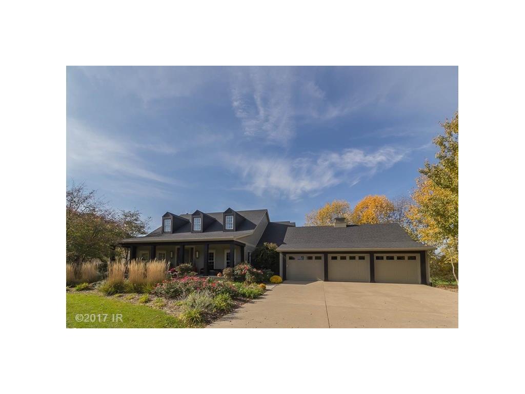 1105 Burr Oaks Drive, West Des Moines, IA 50266