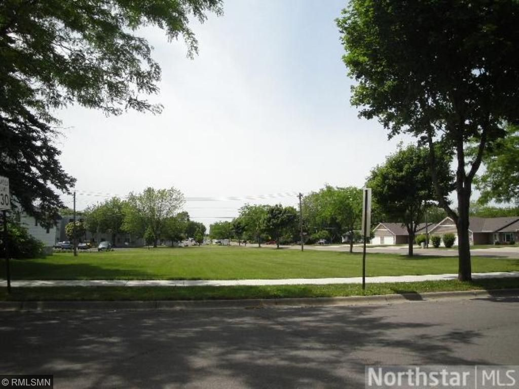 57x 1st Street N, Winsted, MN 55395