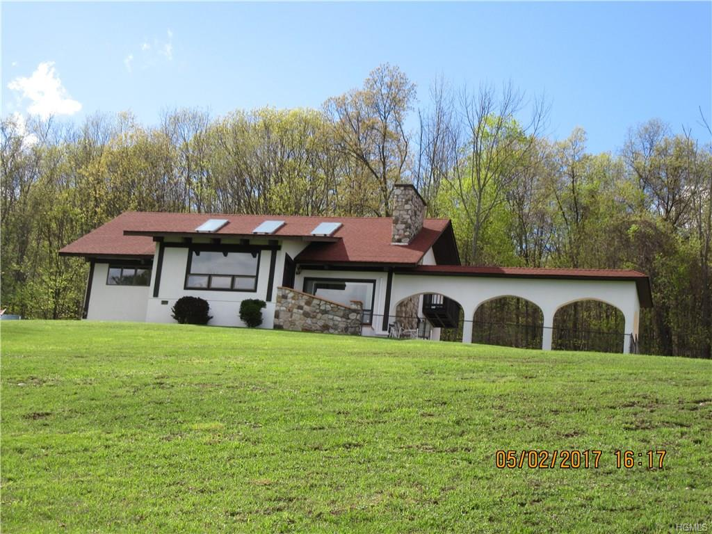30 Stagecoach Trail, Middletown, NY 10940