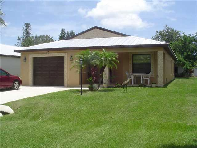 50 Silver Oak Drive, Port Saint Lucie, FL 34952