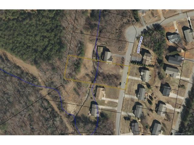 1266 39th St Circle SW 9, Hickory, NC 28602