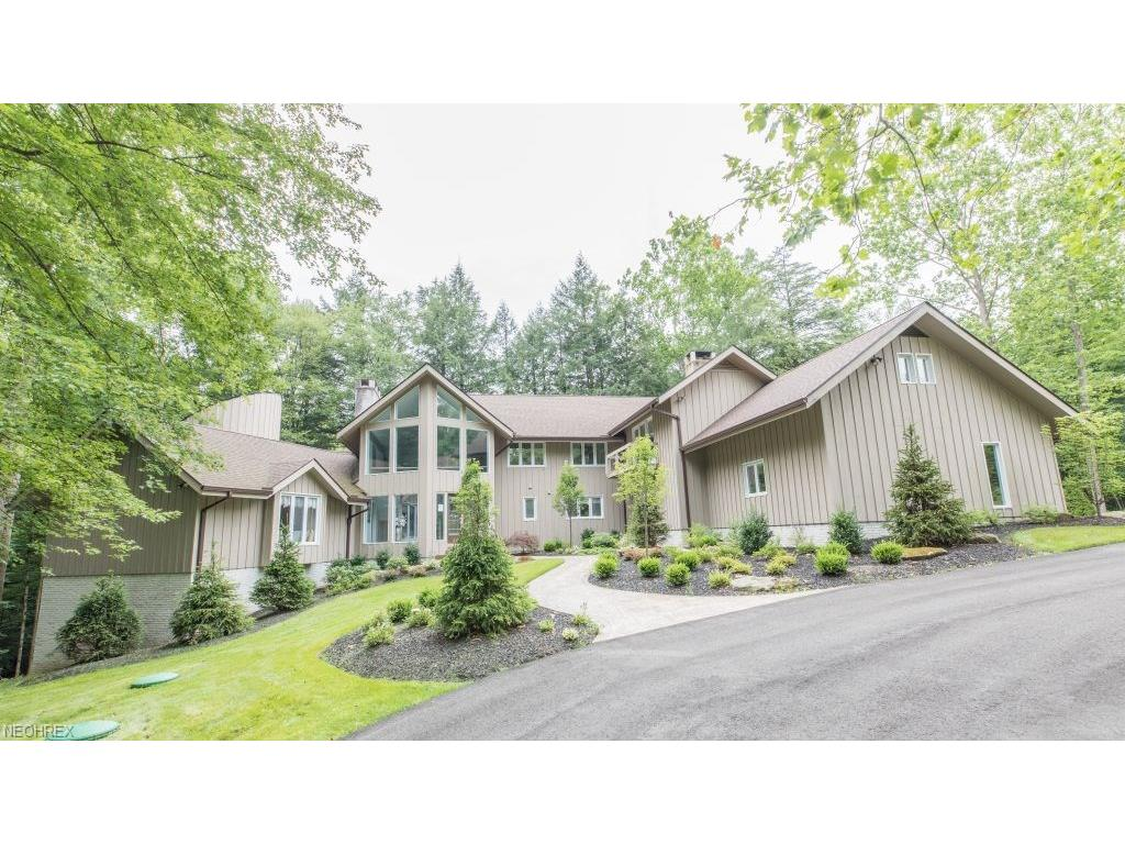117 Partridge Ln, Hunting Valley, OH 44022