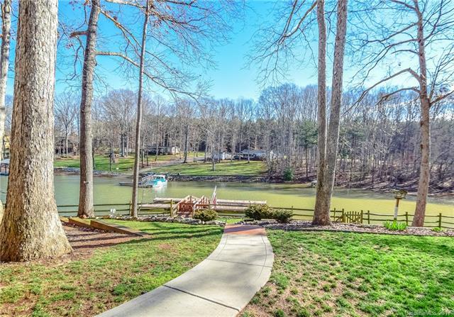 106 Wickford Lane, Mooresville, NC 28117