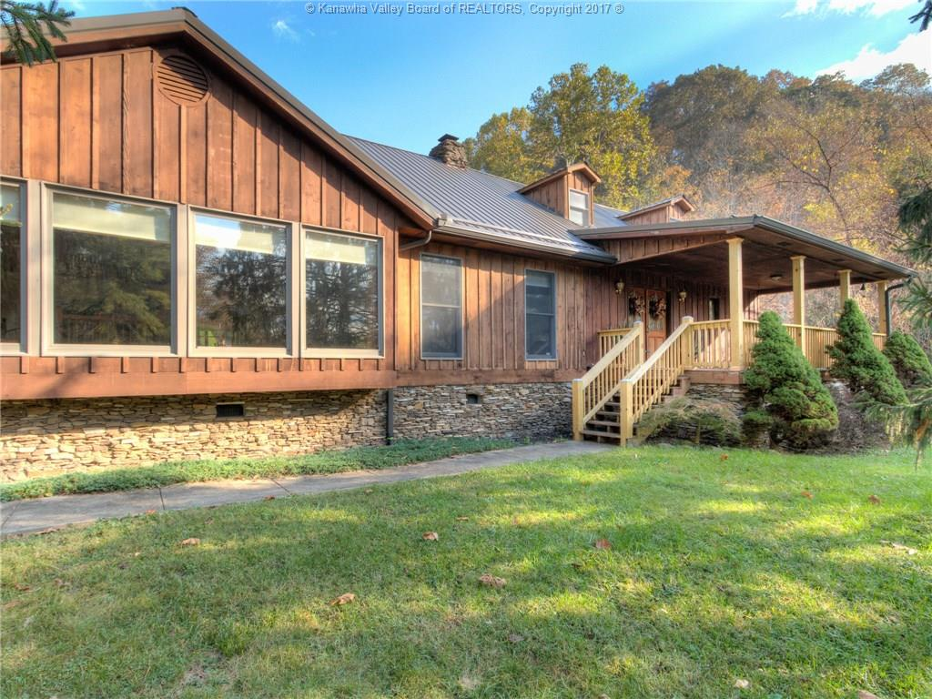1202 Frog Creek Road, Charleston, WV 25312